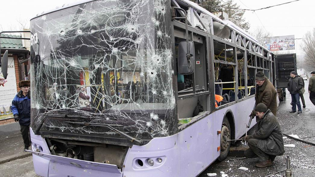 Ukraine and Russia blame each other for Donetsk bus shelling