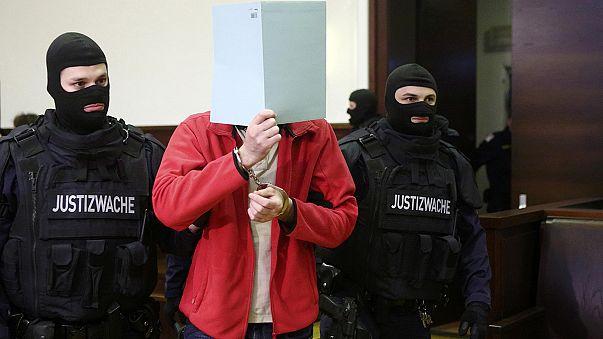 Mutmaßliches Mitglied der IS-Terrormiliz in Österreich vor Gericht