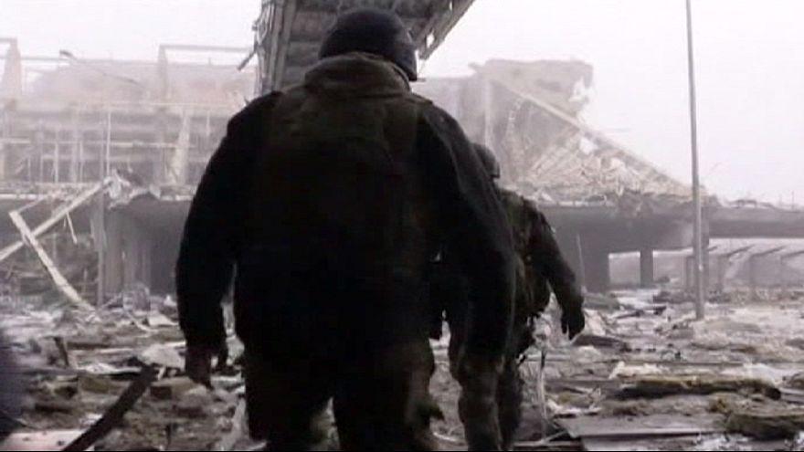 Ucrânia: Forças leais a Kiev perdem aeroporto de Donetsk