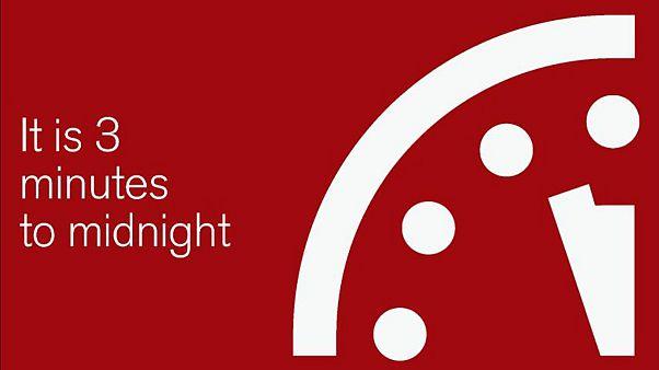 Ketyeg a Végítélet Órája – 3 perc múlva világvége