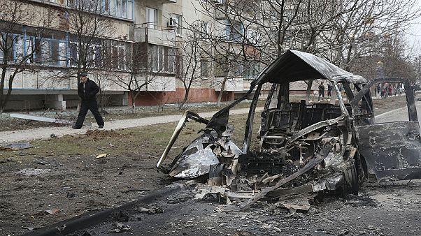 Al menos 20 civiles muertos y 86 heridos en un ataque contra Mariúpol, al este de Ucrania
