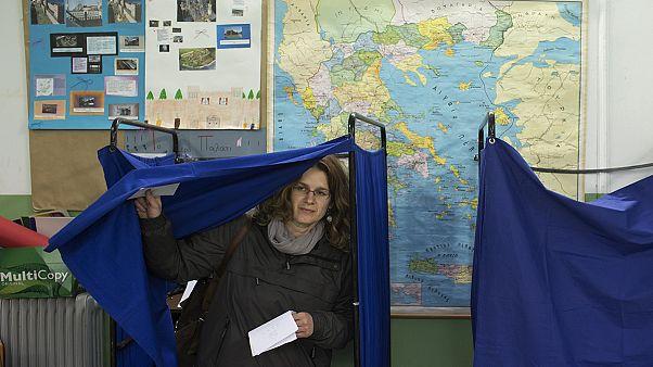 Grécia: Dia da escolha entre continuidade e rutura