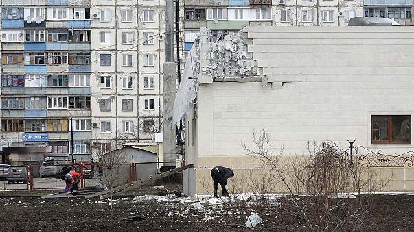 Ουκρανία: Έντονες αντιδράσεις για τους βομβαρδισμούς στη Μαριούπολη
