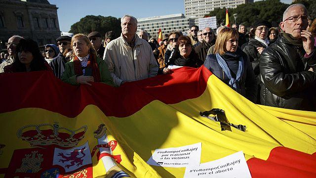 A tüntetések korlátozása ellen tüntettek Spanyolországban