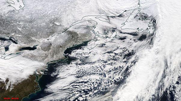 Hóvihar várható az USA keleti partjain, légijáratokat törölnek