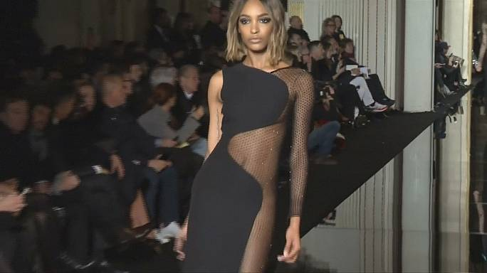 Transzparencia és rafinéria Párizsban: Versace, Dior, Kenzo