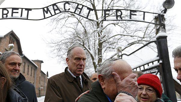 Auschwitz, i sopravvissuti: ''Siamo la prova vivente dell'orrore''