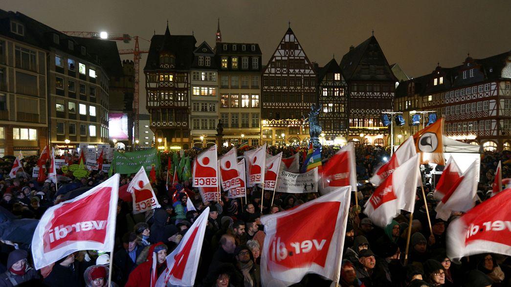 A Dresda grande manifestazione anti-Pegida