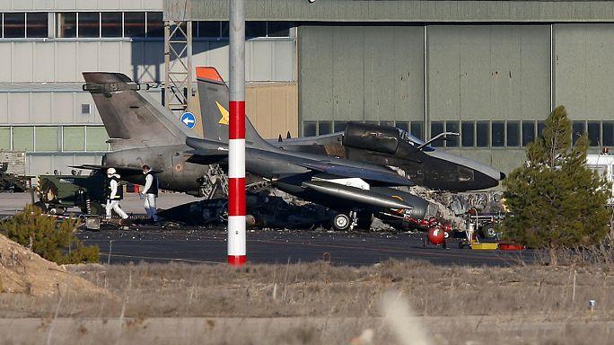 Spagna, schianto F-16: inchiesta resa difficile dell'alta tossicità della zona