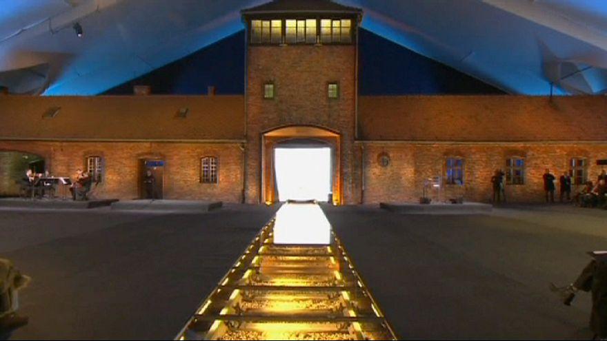 Auschwitz survivors mark 70 years since Nazi death camp liberated