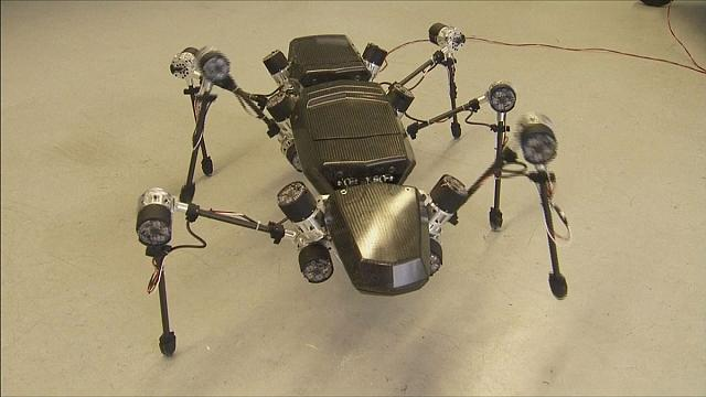Hogyan mozog valami, aminek hat lába van - Hector, a robot botsáska