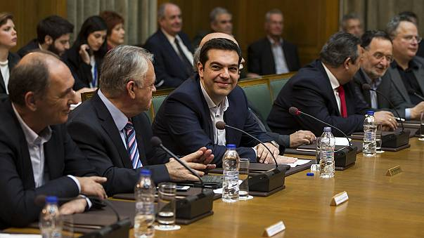 """Ad Atene prima riunione del nuovo governo greco. Tsipras promette: """"Lotta alla povertà"""""""