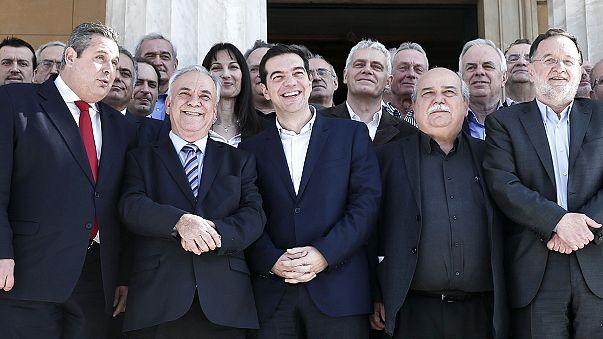 اليونان في مجابهة التحديات الجسام..المعضلة الاقتصادية أولا؟