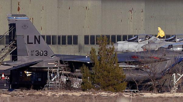 Τελευταίο αντίο στους δύο πιλότους του μοιραίου F-16