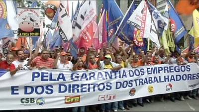Brazil: Unions protest workers' rights changes – nocomment
