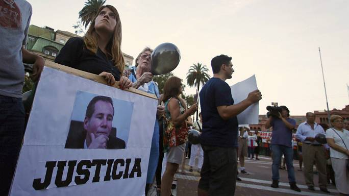 Аргентина прощается с прокурором Альберто Нисманом и ждет правды