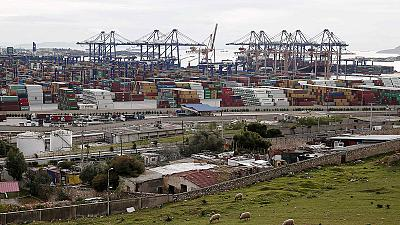 Setback for Greek government's Pireaus port renegotiation plan with Chinese