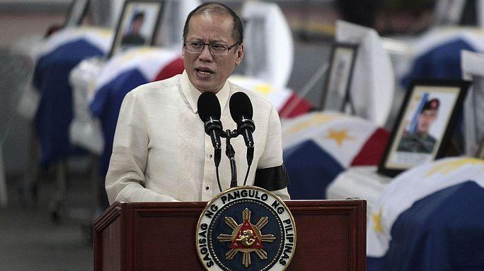 Eltemették a tragikus terroristaellenes akcióban megölt Fülöp-szigeteki rendőröket