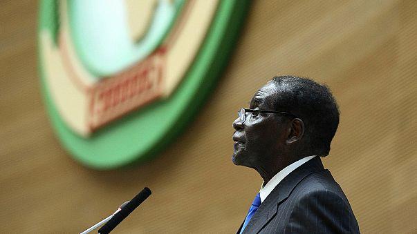 Robert Mugabe devient président de l'Union africaine