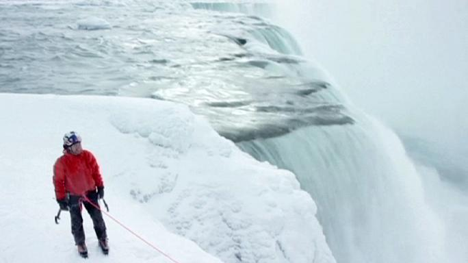 Canadian duo ascend Niagara Falls