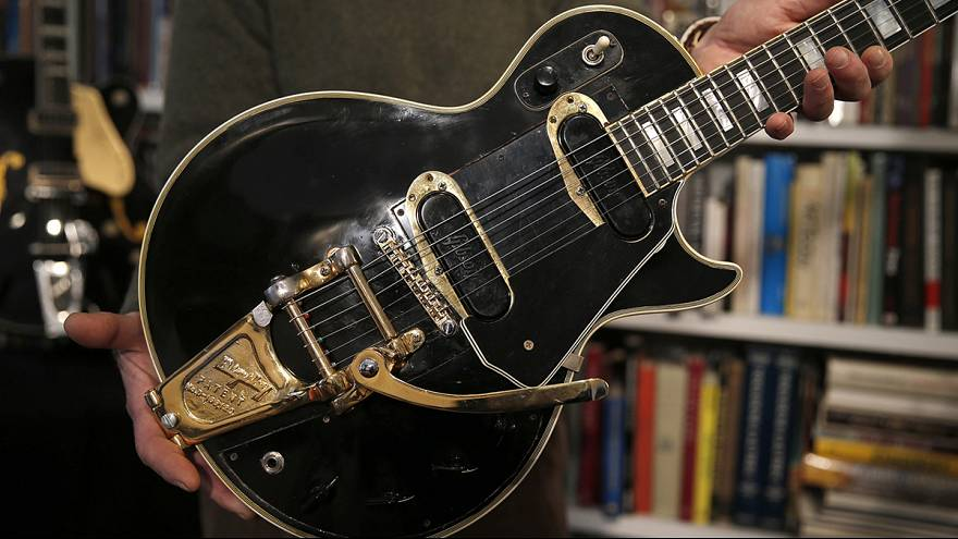 "The ""Holy Grail"" of guitars to go under the hammer in New York"