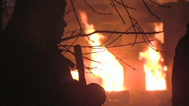 Ukrayna birlikleri Debaltseve'de çembere alındı: 15 ölü