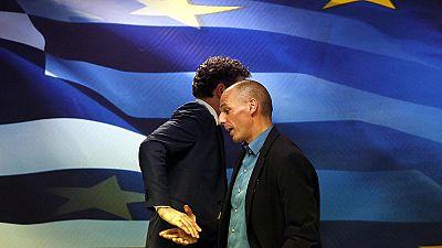 Grecia dividida por la decisión del nuevo Gobierno de no cooperar con la troika