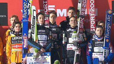 Eslovenia gana los saltos por equipos en el trampolín de Willingen