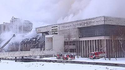 Violent incendie à la grande bibliothèque universitaire de Moscou