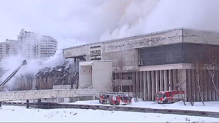 حريق هائل وخسارة ثقافية كبيرة في أكاديمية روسيا للعلوم