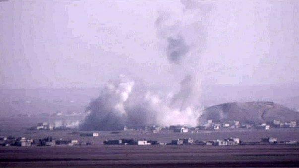 """المقاتلون الأكراد يواصلون المعركة لطرد تنظيم """"داعش"""" من كامل """"عين العرب"""" والقرى الجاورة"""