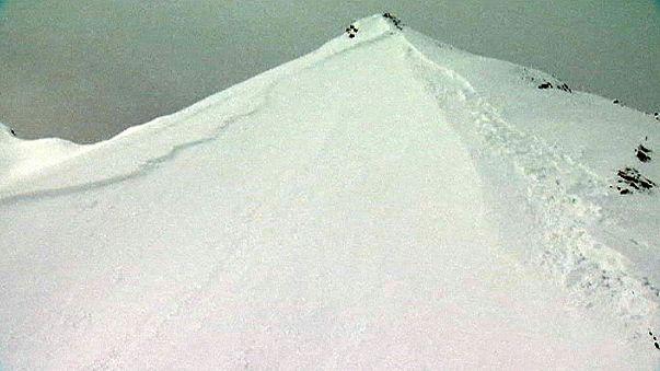 عشرة قتلى في انهيارات ثلجية في جبال الآلب السويسرية