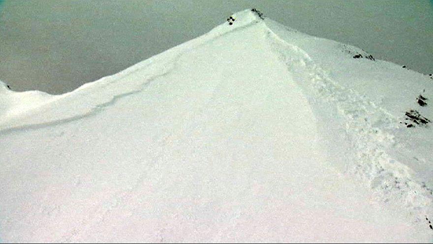 Ten dead in Swiss-Alp avalanches