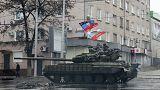 Pincékbe menekülnek a civilek a kelet-ukrajnai Debalceve ostroma miatt