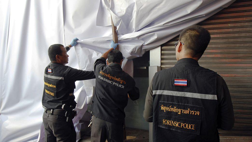 Esplosioni dimostrative a Bangkok. Stretta della giunta militare