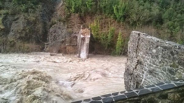 Γεφύρι της Πλάκας: Κατέρρευσε η «Ακρόπολη της Ηπείρου»