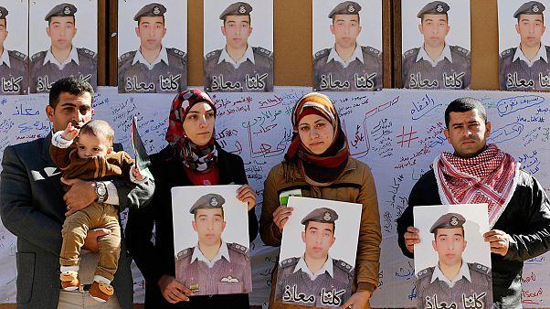 Jordânia confirma morte de piloto executado brutalmente pelo EI