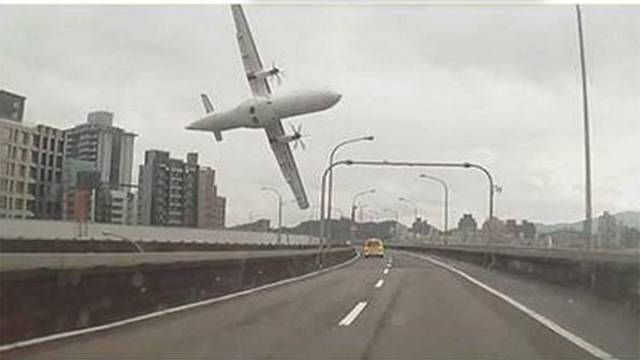 Taiwan: crash d'un avion de la TransAsia
