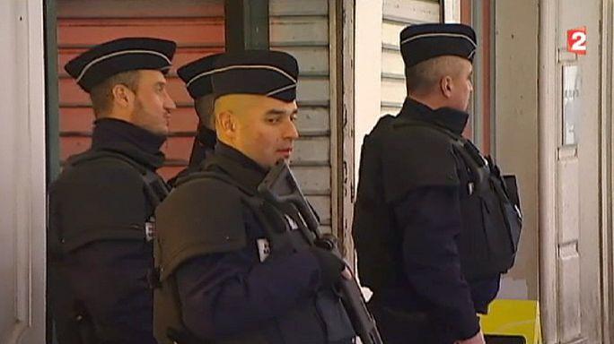 Fransa'daki bıçaklı saldırının terör eylemi olup olmadığı araştırılıyor