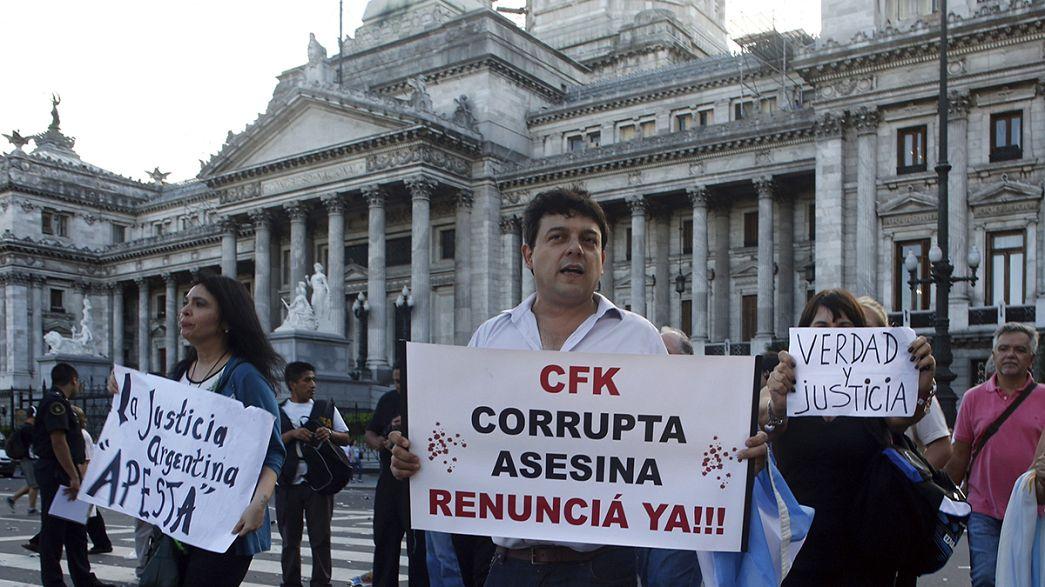 Argentinier demonstrieren für Gerechtigkeit im Fall Nisman