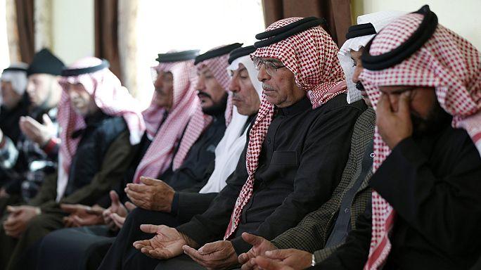 Kral II. Abdullah'tan pilot ailesine taziye ziyareti