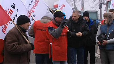 Agricultores bloqueiam estradas na Polónia