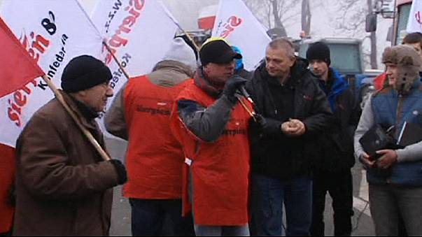 Polonya'da çiftçi protestosuna maden işçilerinden destek