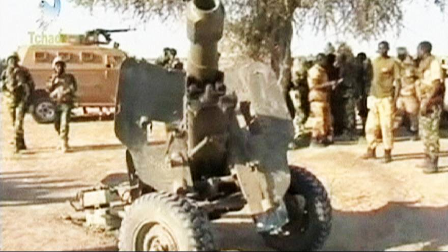 Chad forces mass on Nigeria border as France boosts fight against Boko Haram