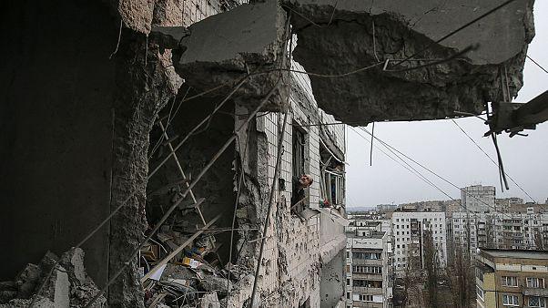 المعارك متواصلة في أوكرانيا من أجل السيطرة على ديبالتسيفي