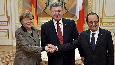 Gira relámpago de Hollande y Merkel a Kiev y Moscú