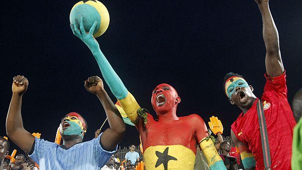 عنف الملاعب يندلع في انتصار كبير يدفع بغانا لنهائي كأس أمم افريقيا