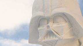 Star Wars sculptures capture audience at Hokkaido snow festival