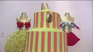Agatha Ruiz De La Prada elbiseleri müzede sergileniyor