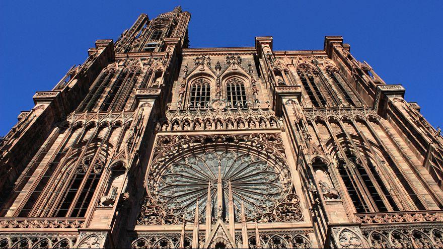 Cathédrale de Strasbourg : 200 visages anonymes bientôt en vitrail